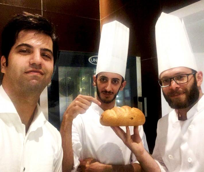 افتتاح اولین نانوایی قنادیهای ناتلی در پیروزی