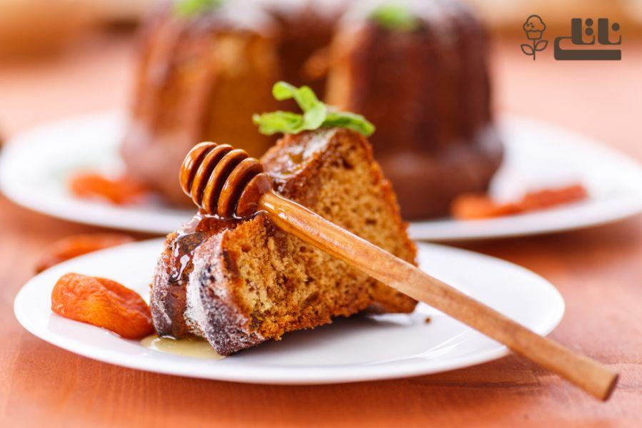 دستور پخت کیک عسل لذیذ و ساده