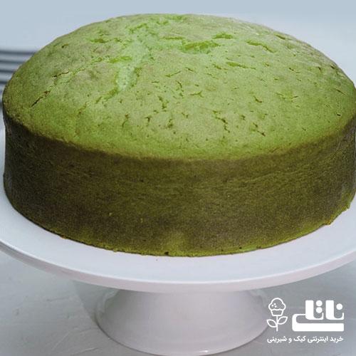 کیک اماده برش در ظرف سرو