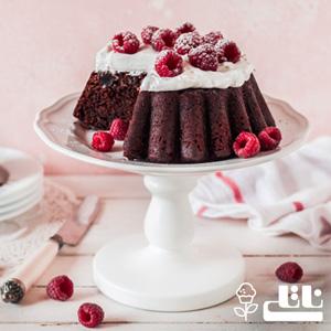 طرز تهیه کیک تولد شکلاتی ساده