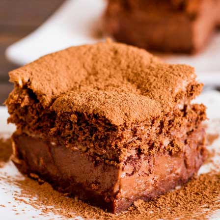 کیک شکلاتی بدون بکینگ پودر, لاوا چاکلت کیک, کیک شکلاتی, کیک شکلاتی جادویی
