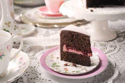 کیک خامهکشی شده