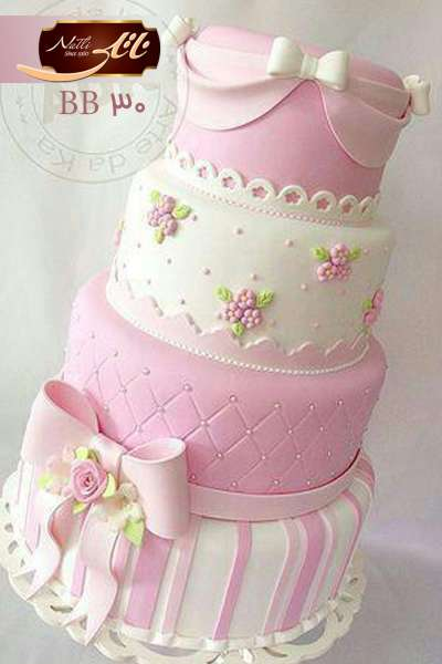 کیک نامزدی پاپیون صورتی