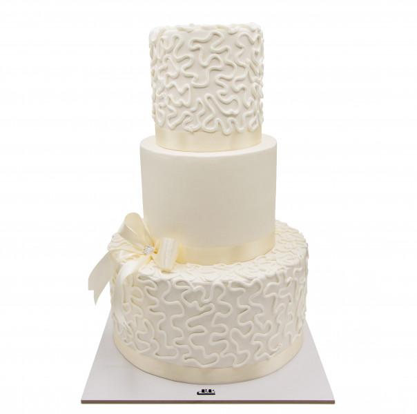 کیک عروس سپید