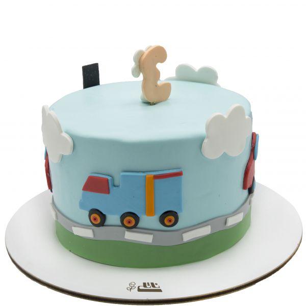 کیک تولد پسرانه ماشین 2