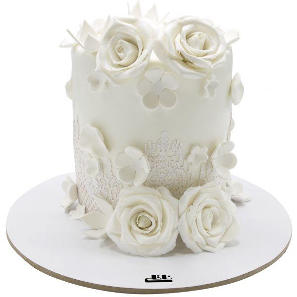 کیک تولد دخترانه رز سفید 1