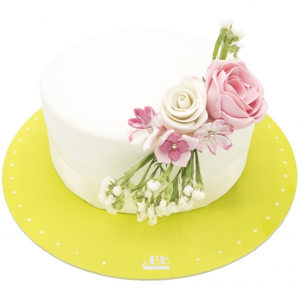 کیک تولد دخترانه کیانا
