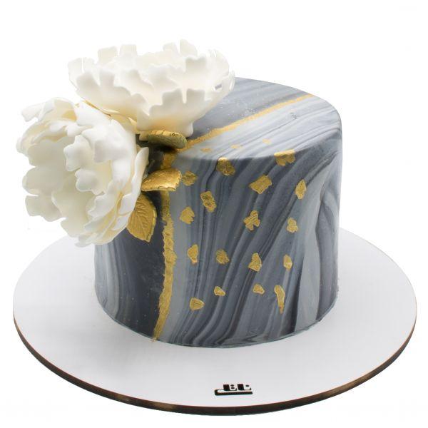 کیک تولد دخترانه گل مرمری