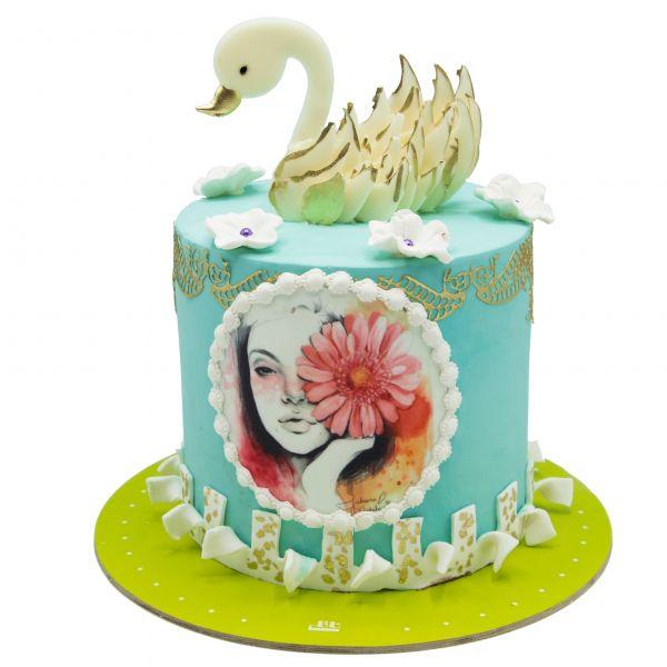 کیک قو و گل