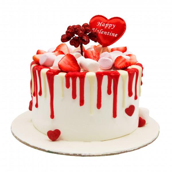 کیک توت فرنگی و مارشمالو