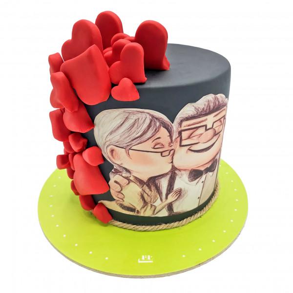 کیک بوسه عشق