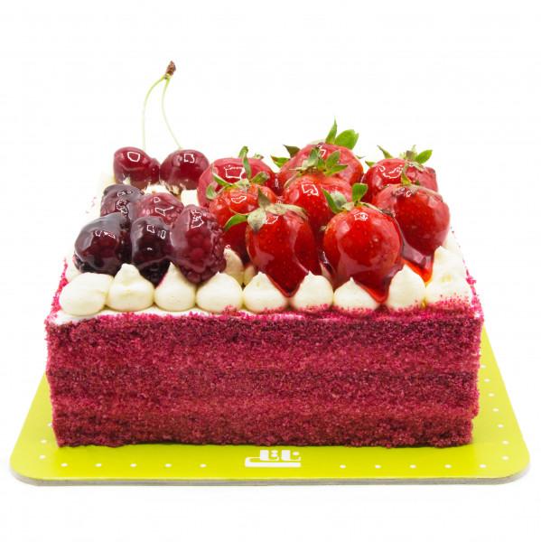 کیک ردولوت لاکچری
