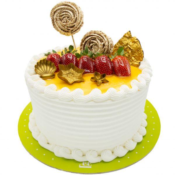 کیک ساحل توت فرنگی