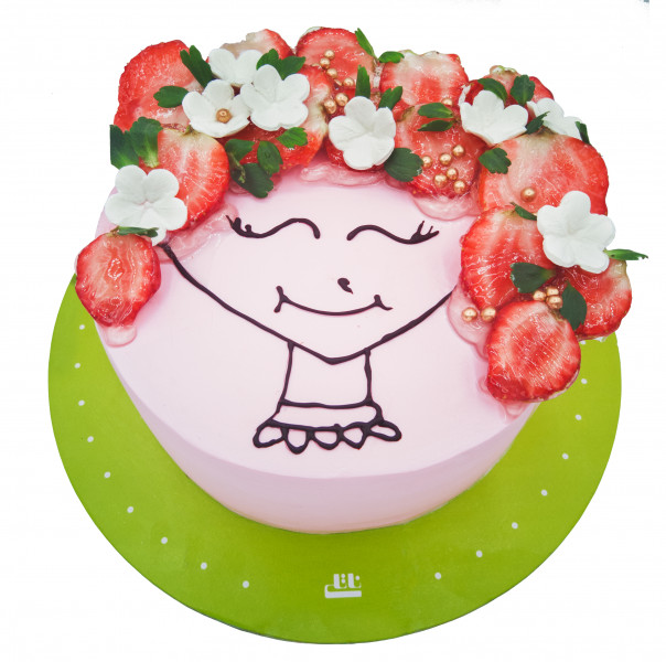کیک مو فرفری و توت فرنگی