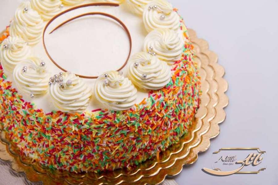 کیک بستنی وانیلی