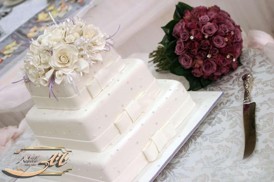 کیک عروسی سپید گل 9