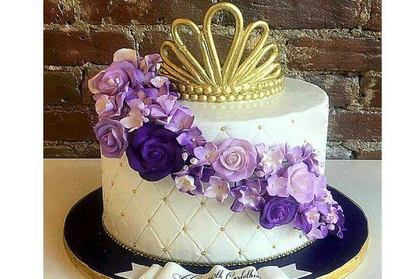 کیک عروسی گل تاج