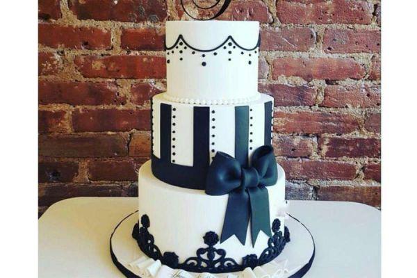 کیک عروسی فوندانت AF06
