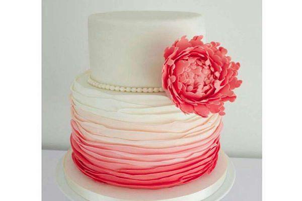 کیک عروسی گل مروارید