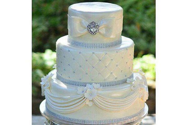 کیک عروسی رویای سپید