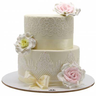کیک عروسی مینو