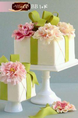 کیک هدیه بهار