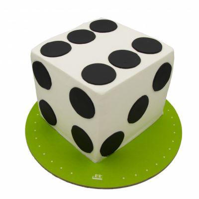 کیک سفارشی تولد BB124