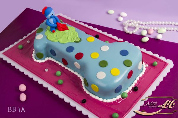 کیک تولد دخترانه خال خالی 2