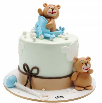 کیک تولد وانیلی خرسهای مهربون