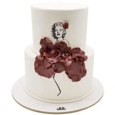 کیک تولد دخترانه مرلین مونرو