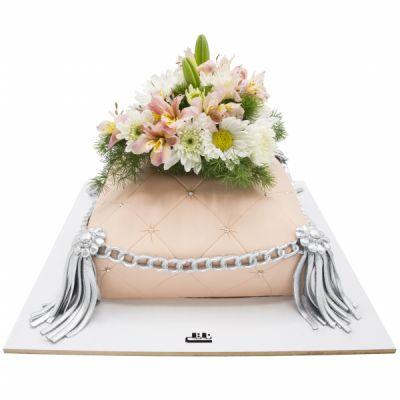 کیک تولد دخترانه دسته گل 1