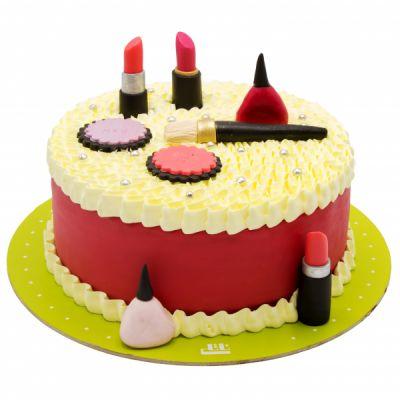 کیک تولد دخترانه  لوازم آرایشی 8
