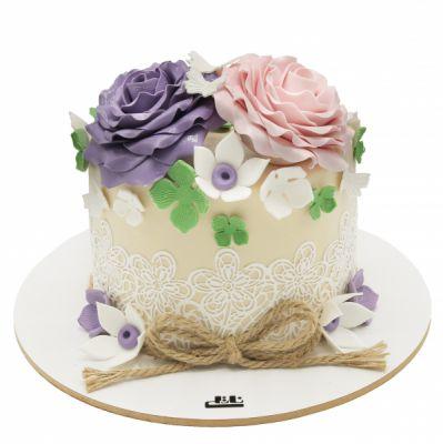 کیک تولد دخترانه باغ گل 2