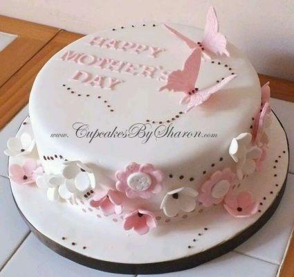 کیک روز مادر مبارک صورتی