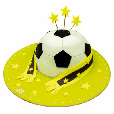 کیک تولد پسرانه توپ فوتبال قهرمان