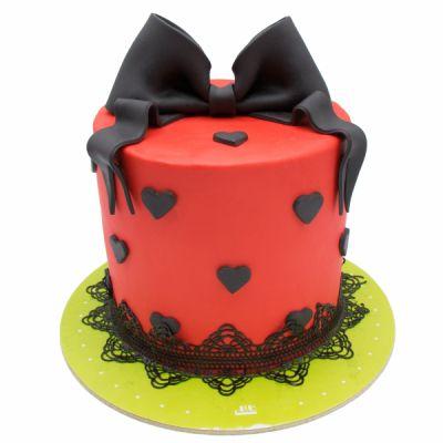 کیک سفارشی تولد BB65