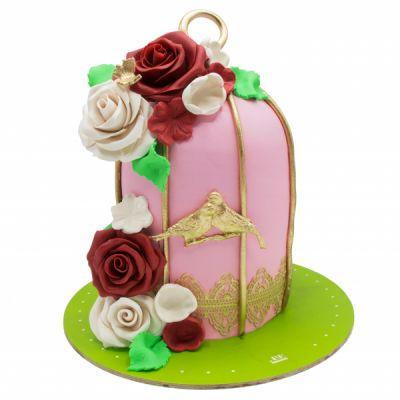 کیک عشق و کبوتر
