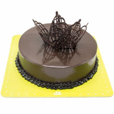 کیک شکلاتی تاج دار