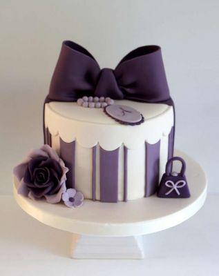 کیک فیگور  F08