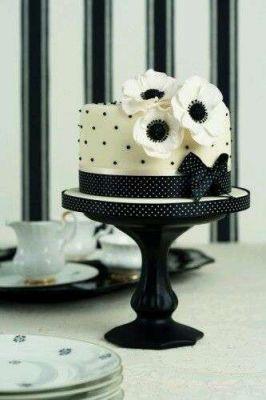 کیک فیگور  F37