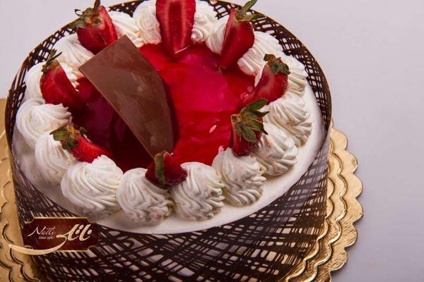 کیک بستنی توت فرنگی IC15