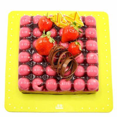 کیک های سفارشی لاکچری LC16