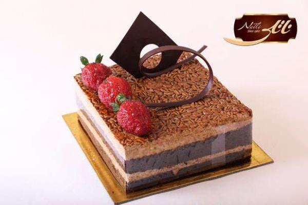 کیک های سفارشی لاکچری LC22