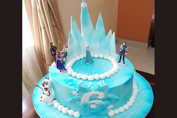 کیک تولد دخترانه السا 8