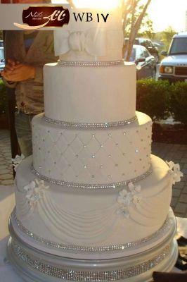 کیک عروسی سپید گل 3