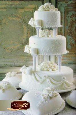 کیک عروسی سپید گل 8