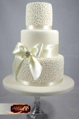 کیک عروسی حورا