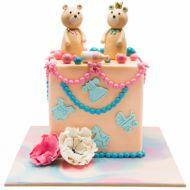 کیک خرسی و مروارید