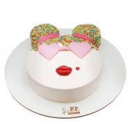 کیک دختر ترافلی