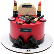کیک تولد دخترانه  لوازم آرایشی 9
